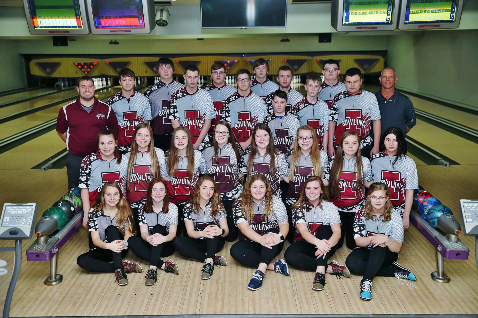 Independence bowling team